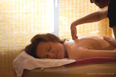 Die Wellness-Botschafterin Nicola Appel beim Indocèane Ritual, Bildquelle: Benjamin Krauss,beauty24