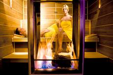 Die attraktive Wellness Kamin-Sauna im Parkhotel Bayersoien. Quelle: Wellnesshotel in Bayersoien, beauty24 GmbH