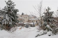 Winterliche Stimmung beim Besuch der Wellness-Botschafterin im Dorint Hotel-Park Ambiance. Quelle: beauty24 GmbH