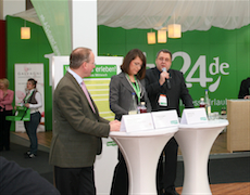 Wellness-Urlaub war der Gewinner im Krisenjahr 2009. Roland Fricke (ganz rechts), Geschäftsführer von beuaty24, spricht über die Wellness-Trends 2010. Quelle: beauty24 GmbH