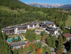 Heute TOP-Hotel des Tages 5-Sterne Hotel in Reith bei Seefeld / Tirol
