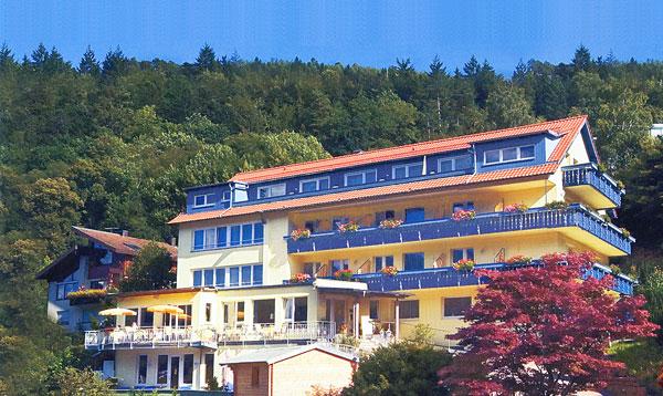 Heute Top-Hotel des Tages: 4-Sterne Hotel in Bad Wildbad im schönen Schwarzwald / Quelle: beauty24