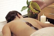Süße Wellness zum Neujahr. Schokoladenmassagen entspannen und machen nicht dick/ Quelle: Balance Hotel Westerwald/Eifel - beauty24 GmbH