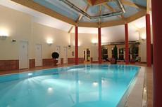Wellness zu Silvester mit Pool und Saunalandschaft/ Quelle: beauty24 GmbH, Seehotel am Plöner See