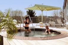 """Mit """"2für1 Wellness"""" zu zweit im Sauerland entspannen. Quelle: Wellness-Resort in Winterberg / Sauerland / beauty24 GmbH"""