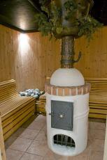 Schwitzen Sie im gemütlichen Brechelbad... Quelle: Wohlfühlhotel bei Varel / beauty24 GmbH