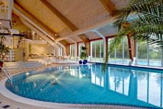 Relaxen Sie in der gro�z�gigen Badelandschaft im Wellness-Resort in Trent! Quelle: Wellness-Resort in Trent/ R�gen / Quelle: beauty24 GmbH