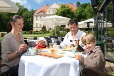 ... und Entspannung mit der ganzen Familie! Quelle: Wohlfühl-Resort in Sagard / Rügen / beauty24 GmbH