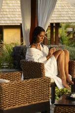 Einfach mal relaxen - wo geht das besser als in dieser traumhaften Umgebung? Quelle: Shanti Maurice, A Nira Resort / beauty24 GmbH