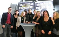beauty24 Weihnachtsfeier mit Bülent Ceylan in der o2 World Berlin. Quelle: beauty24 GmbH