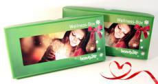 Verschenken Sie zu Weihnachten einen Wellness-Gutschein in der versandkostenfreien Gutscheinbox!