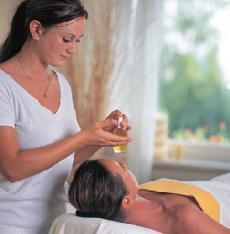 Lassen Sie sich bei wohltuenden Wellness-Anwendungen verwöhnen!