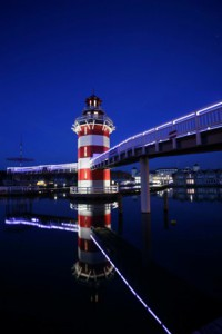 Der nächtliche Anblick des Leuchtturms