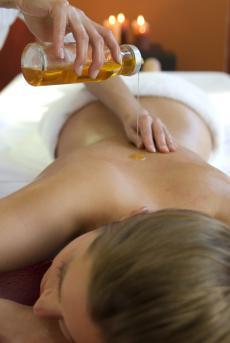 Genießen Sie eine balinesische Sung Rei Massage!
