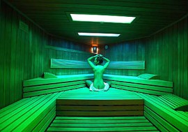 In der Sauna den Winter genie�en