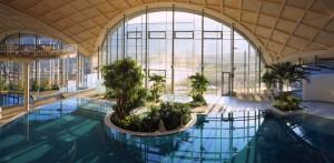 Sicht in die benachberte Therme des Thermenhotels in Bad Sulza