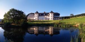 Wellnesshotel im Taunus idyllisch am See gelegen