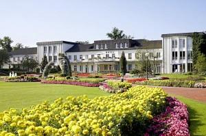 Mitten im Park liegt das Wohlfühlhotel in Bad Lippspringe