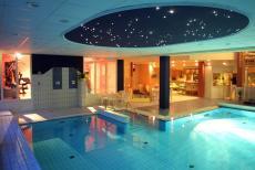 Die Pool-Anlage des Hotels