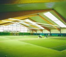 Die Tennishalle