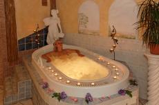 Ein entspanntes Bad in der Whirlwanne