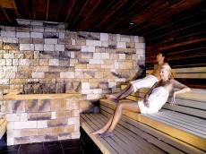 Entspannen in der Kärntner Blocksauna / Quelle: Wellness in Hermagor, Kärnten - beauty24 GmbH