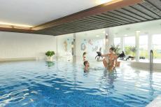 Badespaß & Entspannung im Schwimmbad