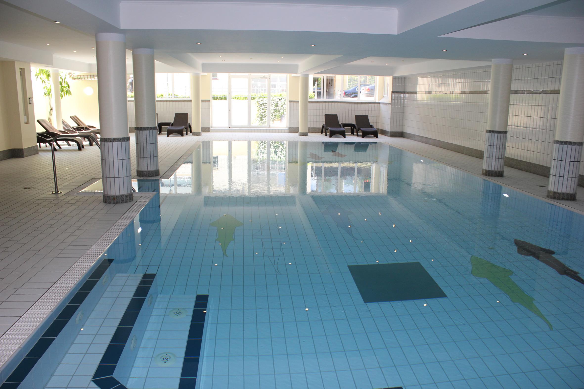 Tauchen Sie ein kühle blau und lassen alles hinter sich. Quelle: Wohlfühlhotel in Bodenmais - beauty24 GmbH