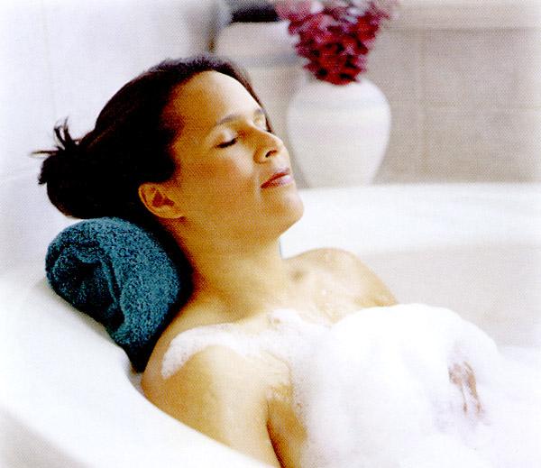 Bei einem Entspannungsbad können Sie alle Sorgen vergessen. Quelle: Wellness in Friedrichroda, Thüringer Wald - beauty24 GmbH