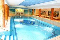 Auf über 3.000 Quadratmeter Wellness vom Feinsten genießen. Quelle: Wellnesshotel in Binz - beauty24 GmbH