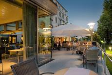 Auf der Terrasse kann man wunderbar den Tag ausklingen lassen. Quelle: Wellness in Biberach - beauty24 GmbH
