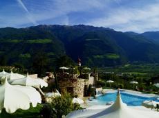 Dieser Ausblick lässt Sie alles vergessen. Quelle: Wellnesshotel in Naturns bei Meran,  Südtirol - beauty24 GmbH