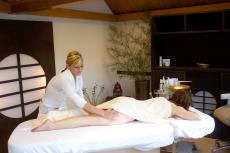 Tiefe Entspannung bei einer Wohlfühlmassage. Quelle: Wellness am Bodensee - beauty24 GmbH