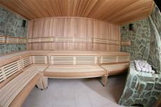 In der Sauna entspannen und wohlfühlen. Quelle: Wellness-Hotel in Prag-East - beauty24 GmbH
