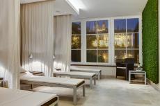 Der Ruheraum des Hotels mit Burgblick. Quelle: Wellness in Meißen - beauty24 GmbH