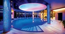Im Pool des Wellnessbereiches relaxen. Quelle: Wellness in Lubniewice, Lebuser Seenlandschaft - beauty24 GmbH