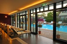 Im Außenbeckes des Hotels können Sie das ganze Jahr über schwimmen / Quelle: Wellness in Wörlitz/ Dessau; beauty24 GmbH