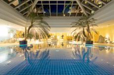 Eintauchen und wohlfühlen im 1.600 Quadratmeter großen Wellness Bereich. Quelle: Wellnesshotel in Friedrichroda - beauty24 GmbH