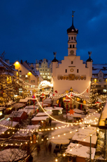 So schön strahlt der letzte Weihnachtsmarkt unserer Top 10. Quelle: Kempten Tourismus- & Veranstaltungsservice, Eigenbetrieb der Stadt Kempten