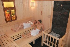 Wohlig Schwitzen können Sie bei einem ausgiebigen Saunagang Quelle: Wellness in der thüringischen Rhön - beauty24 GmbH