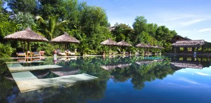 Im Pool relaxen oder tropische Sonne tanken? Quelle: Pilgrimage Village Boutique Resort & Spa, Vietnam - beauty24 GmbH