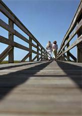 Raus aus dem Alltag, rein ins Urlaubsvergnügen. Die Feiertage im Mai muss man für einen Tapetenwechsel nutzen! Quelle: beauty24 GmbH