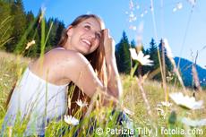 Der Berg ruft! Wohlfühlen und wandern in der Natur macht den Kopf frei, vor allem bei einer 24-Stunden-Wanderung. Bildhinweis: © Patrizia Tilly | fotolia.com