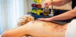Wellness mit Weintrauben - einfach herrlich! Quelle: Wellness in Mülheim/ Mosel - beauty24 GmbH