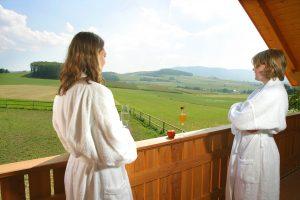 Eine entspannte Wellness-Auszeit mit der Besten verbringen! Quelle: Wellness im Naturpark Oberer Bayerischer Wald - beauty24 GmbH