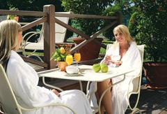 Wellnessurlaub über Fronleichnam, so nutzt man am besten die freie Zeit. Quelle: Wellness in Halle, Westfalen - beauty24 GmbH