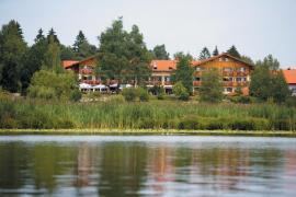 Blick auf das Haus am Soier See - Bildhinweis: © Wellness-Hotel in Bayersoien / beauty24 GmbH