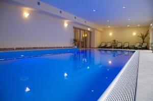 Im Pool von Kopf bis Fuß relaxen! Quelle: Wohlfühlhotel bei Schmalkalden / Thüringer Wald - beauty24 GmbH