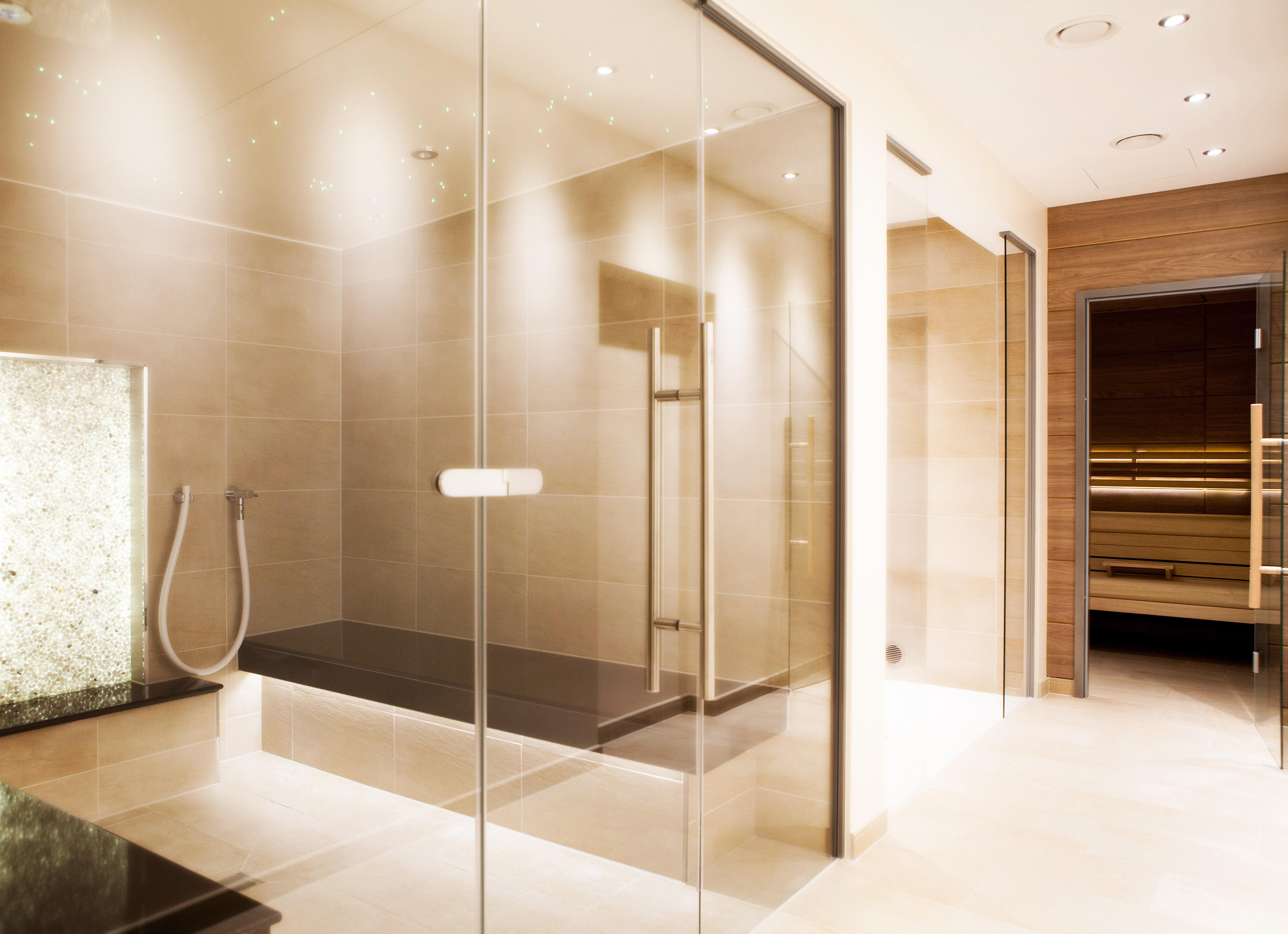 Zu Zweit können Sie in der Sauna relaxen / Bildhinweis: © Wellnesshotel in Hadamar; beauty24 GmbH