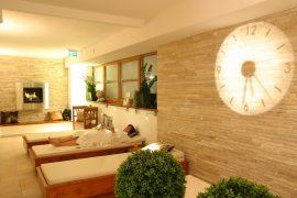 Im Relacbereich lässt es sich herrlich entspannen; Bildhinweis: © Wohlfühlhotel in Parsberg / Oberpfalz; beauty24 GmbH